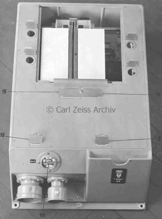 Automatic plotter manufactured by Zeiss