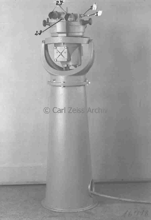 Torpedo-Auswanderungsmesser developed by Zeiss company