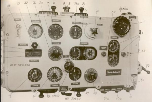 The torpedo calculator T. Vh. Re. S3 – early version – view of the front cover